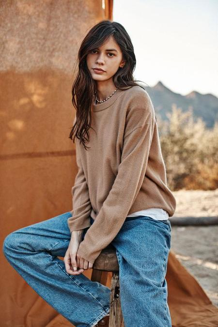 Velvet Brynne Crewneck Sweater - Camel