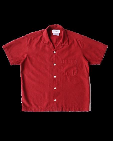SEEKER Vacation Shirt - Ruby