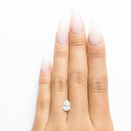 Misfit Diamonds Pear Brilliant - Champagne