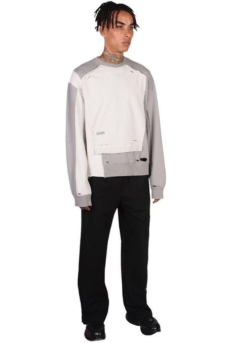 C2H4 Distressed Panelled Vagrant Crewneck sweater - gray/white