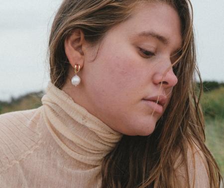 Luiny Perla Drop Earrings - Gold
