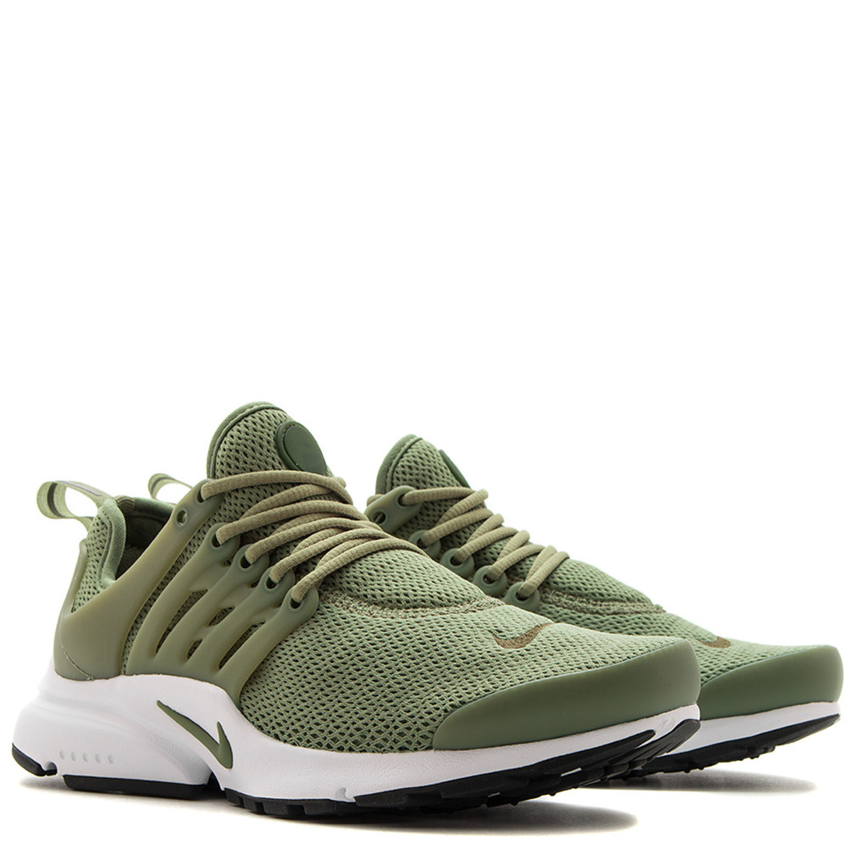 a364d65b7481 ... NIKE WOMEN S AIR PRESTO PALM GREEN Garmentory ...