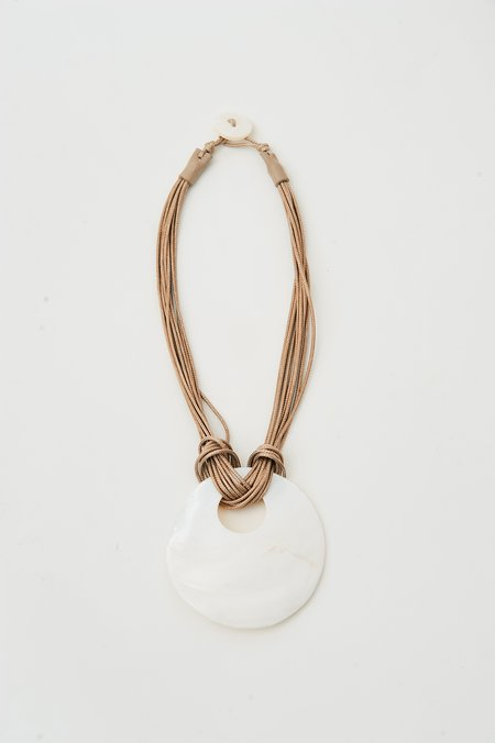 pre-loved Oversized Pearl Pendant Necklace - Beige