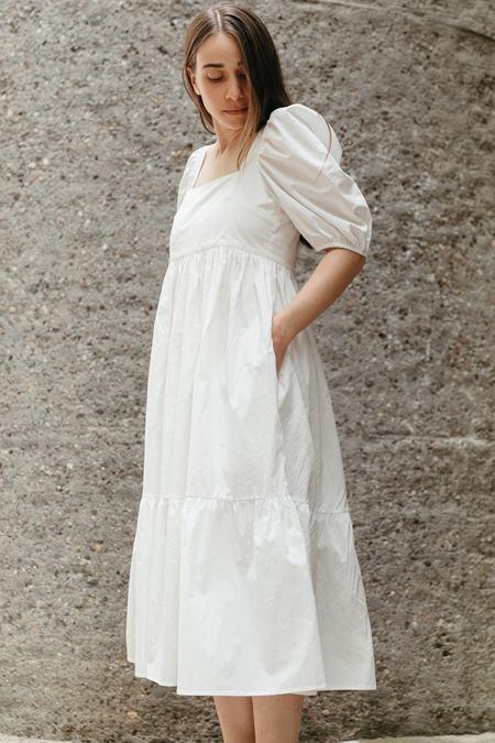 Bronze Age Serenity Puff Sleeve Dress - White