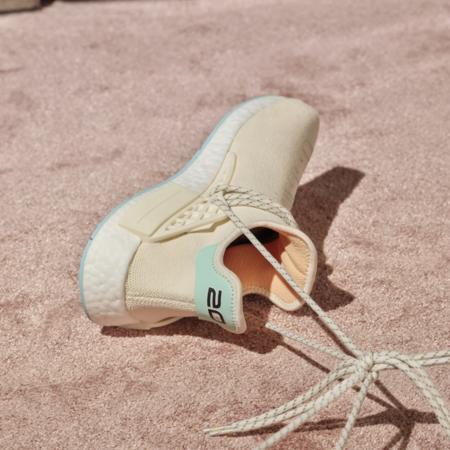 adidas X Pharrell Williams Hu NMD N.E.R.D. Men GW0246 sneakers - CHALK WHITE/GLOW ORANGE/CLEAR MINT