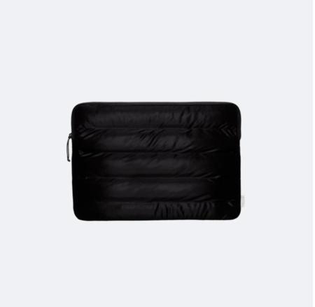 Rains quilted laptop cover - velvet black