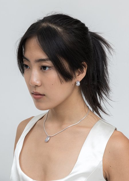DEPARTMENT Rhinestone Tulip Earring - White Gold
