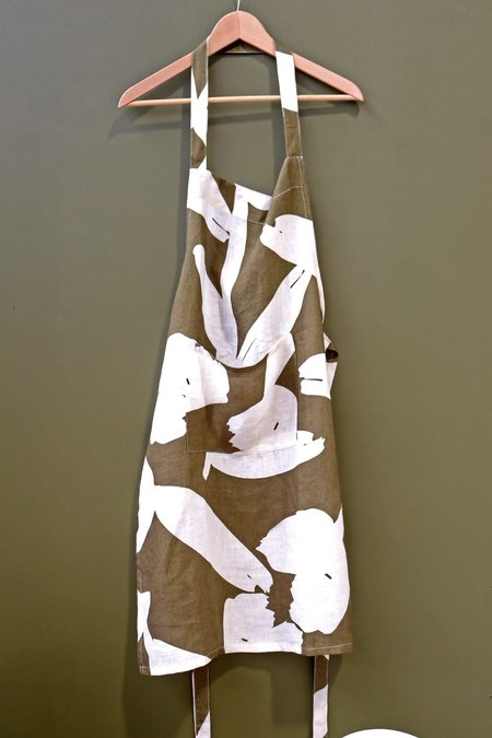Mosey Me Abstract Apron - Green/white