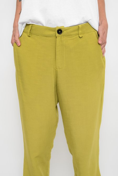 UMA Raquel Davidowicz Cisne Tailoring style with elastic at the hem pants - Avocado