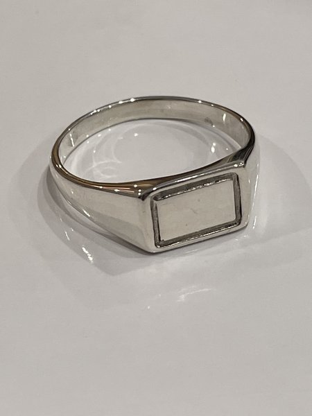 Wolf Circus Rectangle Signent Ring