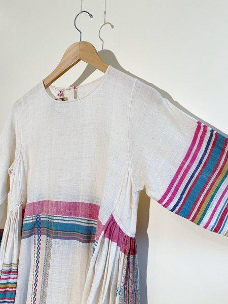 Injiri Shekhawati 28 Kadhi Cotton Dress - Cream
