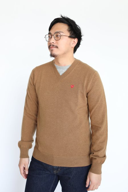 Comme des Garçons Single Heart V Neck Sweater - Brown