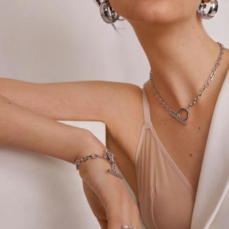 Lady Grey Toggle Link Bracelet - Silver