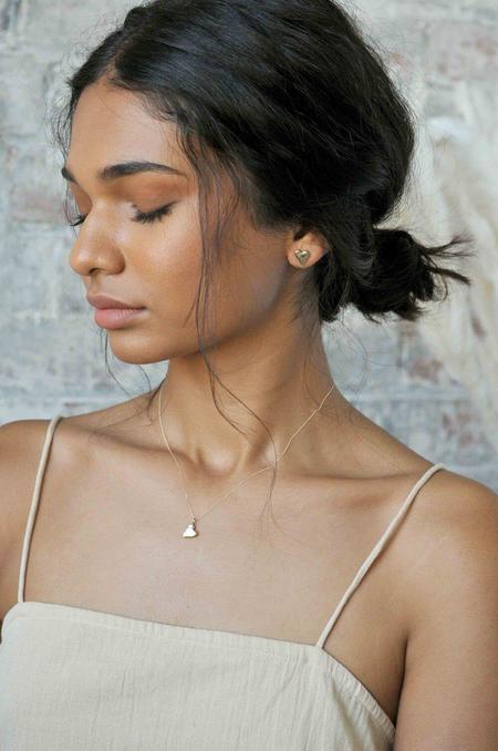 Wild Fawn 9ct gold handformed heart bracelet Necklace - gold