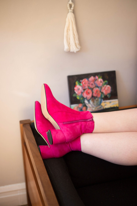 L'Intervalle Kinsy Booties - Fuchsia Suede