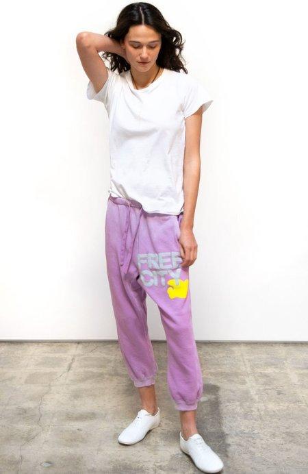Unisex loungewear free city large sunfades pocket sweatpant - pinkmilk