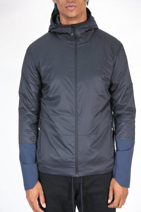 ON Running Insulator Jacket - Black/Navy