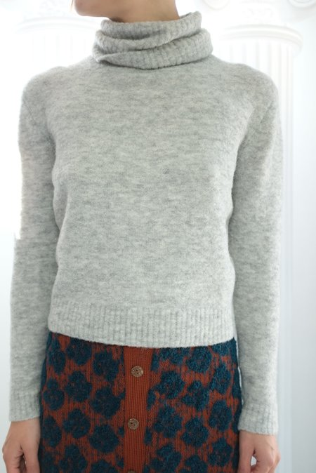 Beklina ASMR Turtleneck Sweater - Dove