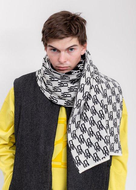 we11done Logo JCQ Scaft scarf -  Ivory
