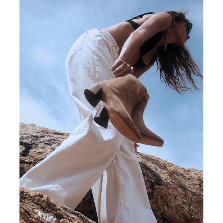 Mari Giudicelli Classic Boot - Havana