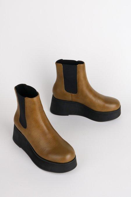 """INTENTIONALLY __________."" HAMMER boots - Khaki"