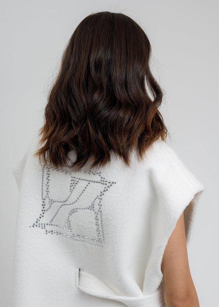 we11done Metal Hotfix Iron Detail Oversized Wool Vest - White