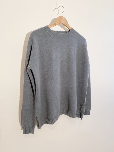 Jumper 1234 Exposed Crew Neck Cashmere Sweater - Moss