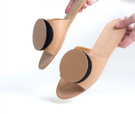 The Palatines Caeleste Slide Sandal - Tan smooth / black pebbled leather