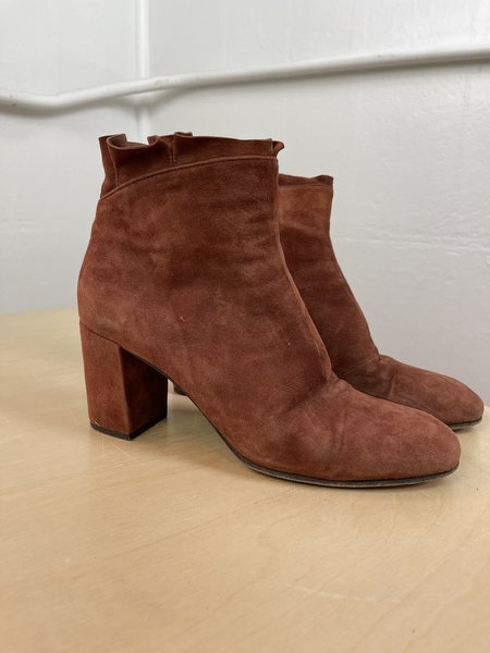 [pre-loved] Coclico Rust Ruffle Bootie - Rust