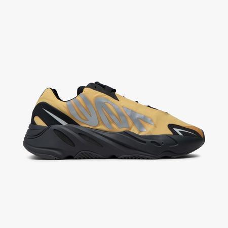 adidas Originals Yeezy 700 MNVN SNEAKERS - YELLOW