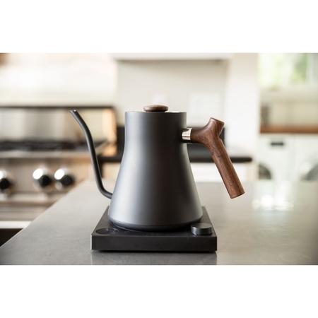 FELLOW Stagg EKG kettle - Matte Black/Walnut Accent
