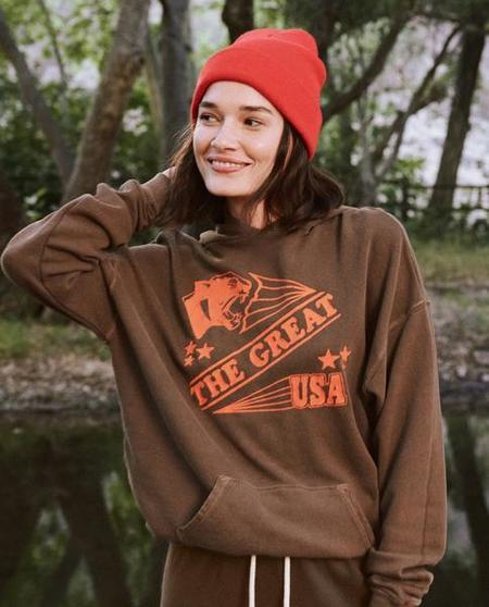 The Great. The Gym Hoodie With Cougar - Chestnut