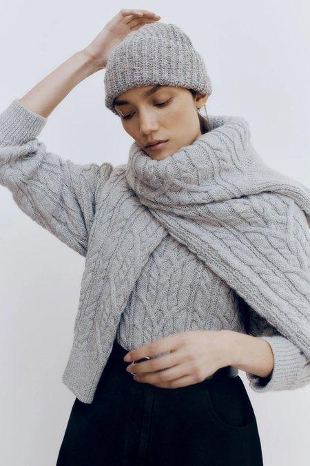 Mónica Cordera Soft wool beanie