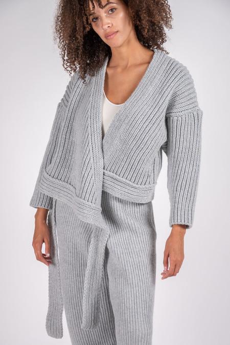 Unisex Baserange Mea Eco Wool Wrap - Light Grey