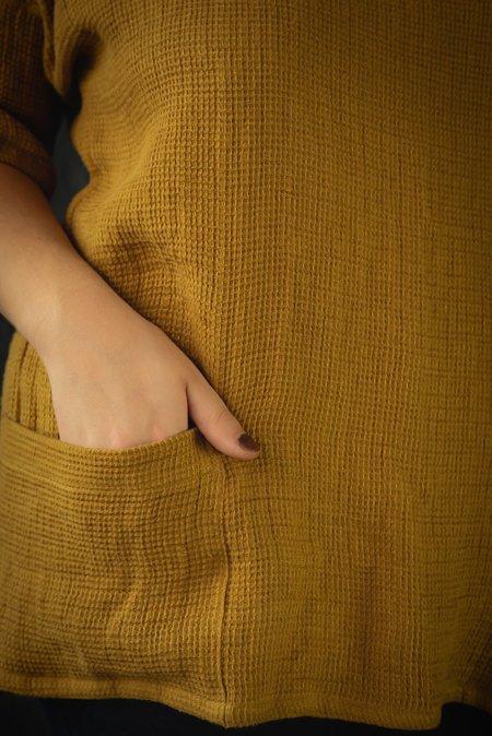 Pamela Mayer Waffle Weave Work Top - Golden