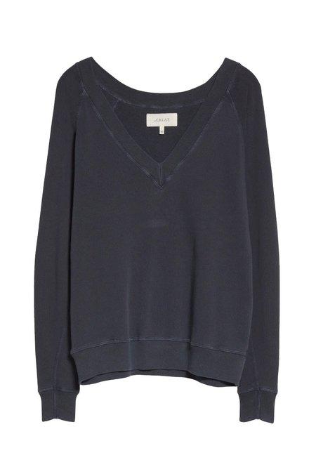The Great. The V-Neck Navy Sweatshirt - Dark Navy