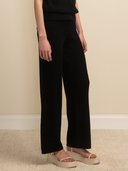 PURECASHMERE NYC Long Straight Fit Pants - Black