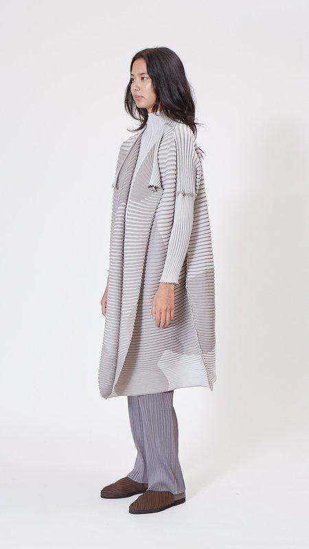 Issey Miyake Shade Knit Long Cardigan - gray
