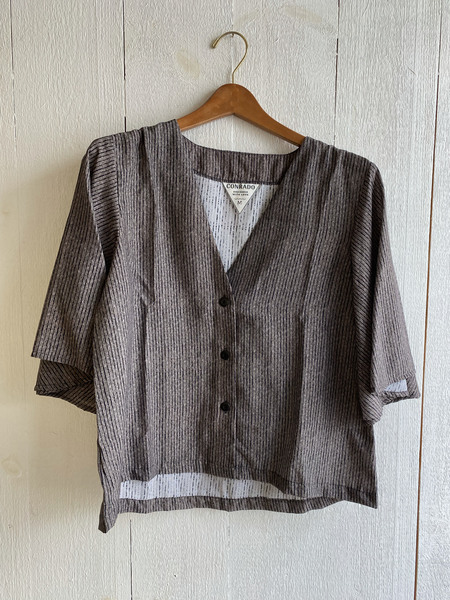 Conrado Evie Flounce Sleeve Top - Gray Stripe