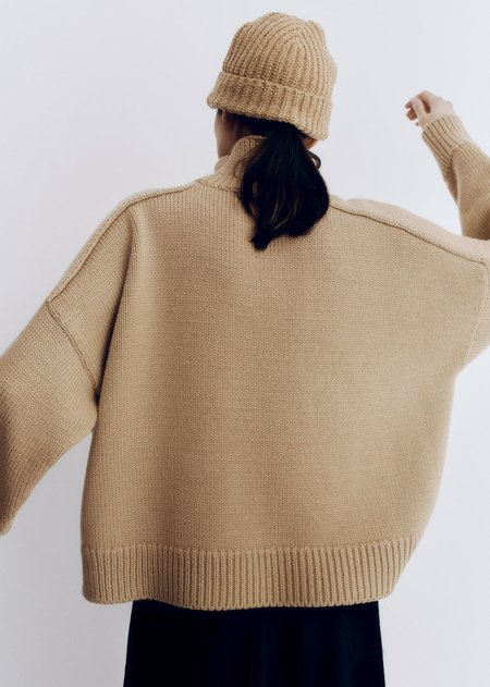 Monica Cordera Soft Wool Beanie - Camel