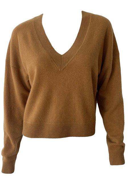 Naadam Cashmere Cropped V Neck Pullover - Caramel