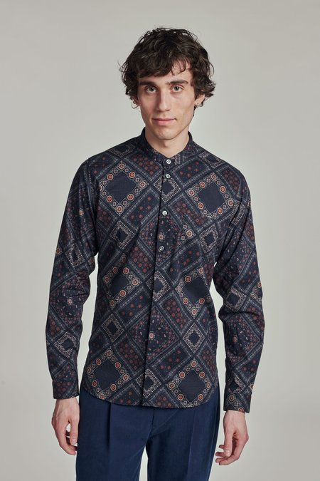 Delikatessen linen Zen Shirt - the Finest Bandana Print