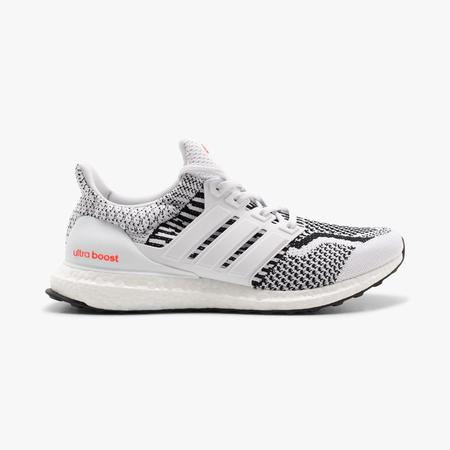 adidas Ultraboost 5.0 sneakers - white