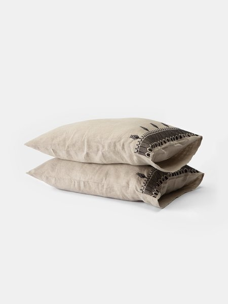 Erica Tanov Temple Pillowcases - Natural