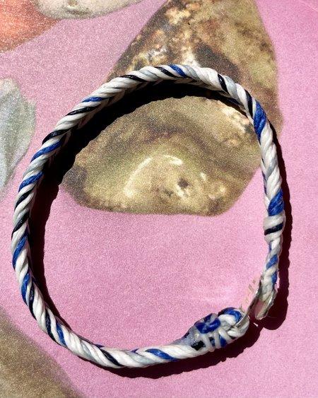UNISEX SCOSHA x BOW & ARROW SUN BUTTON FISH TAIL BRACELET - BLUE