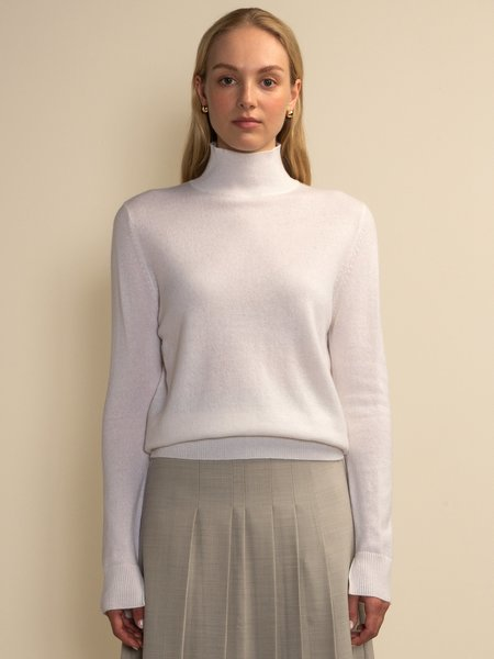 PURECASHMERE NYC Simple High Neck Sweater - Vintage White