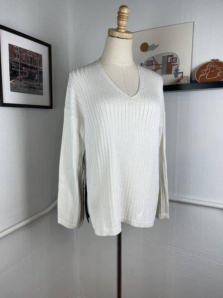 [PRE-LOVED] Eleven/Six Two-Tone Sweater-White