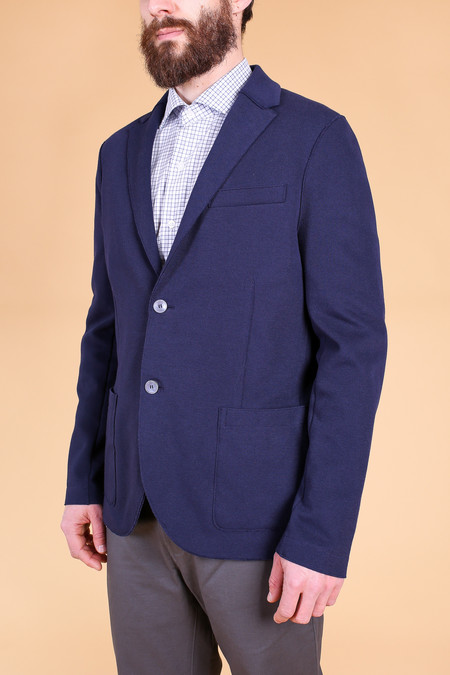 Harris Wharf London Two button blazer in navy