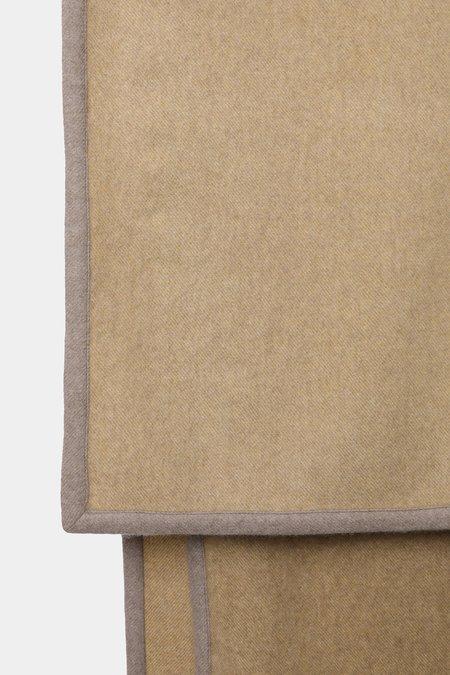 Oyuna arte cashmere throw - ochre/taupe