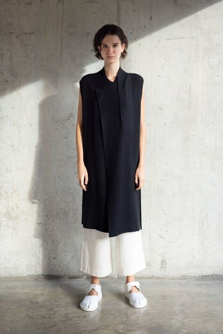 Oyuna gaeta jacket - black